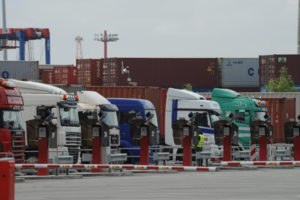Port of Hamburg Introduces Slot-Booking System for Container Truckers