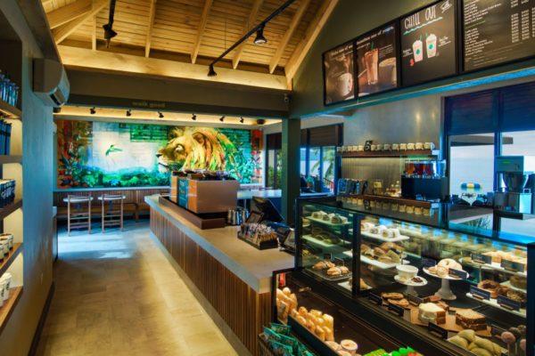 Starbucks Opens 1st Café in Jamaica