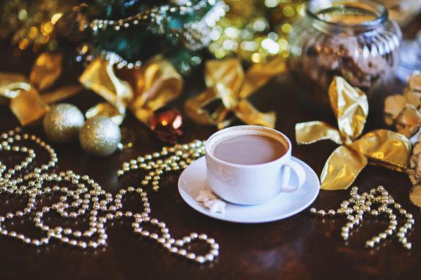 'Tis the Season—to be upping tea advertising