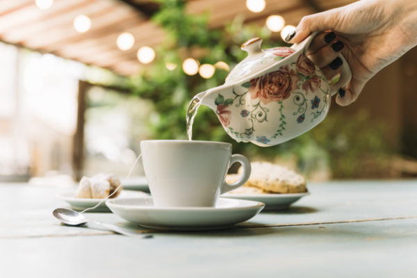Premium and loose-leaf driving tea sales in UK coffee shops