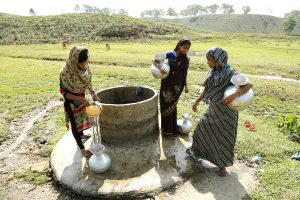 WaterAid and Twinings join forces to improve tea plantation communities
